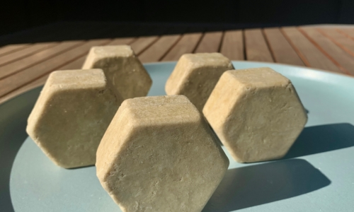 Citrus Burst Shampoo Bar 2